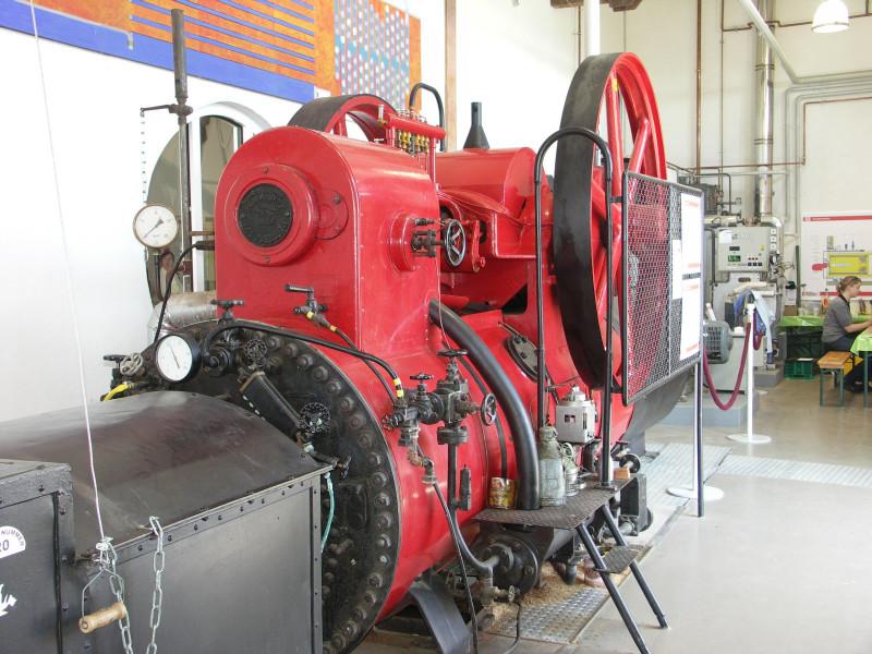 Dampfmaschine3